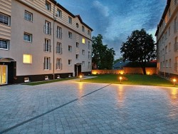 Levi Dom Residence Hotel Levice (Lewenz)