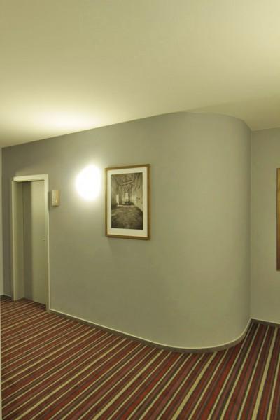 AIR Hotel #8