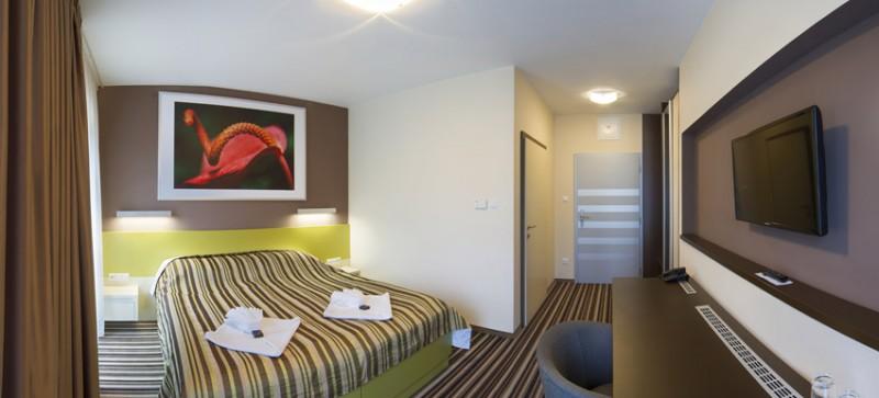 AIR Hotel #11