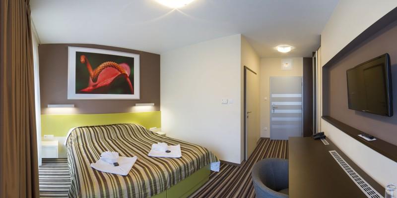 AIR Hotel #22