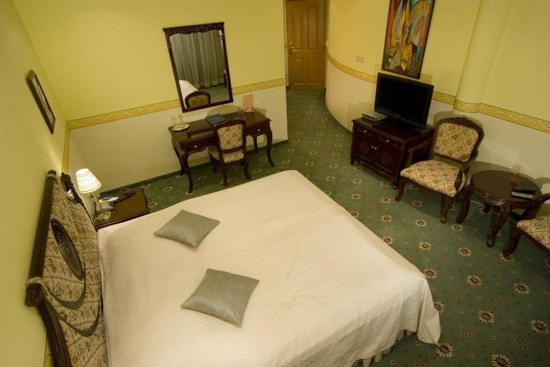 ALEXANDER´S HOTEL #14