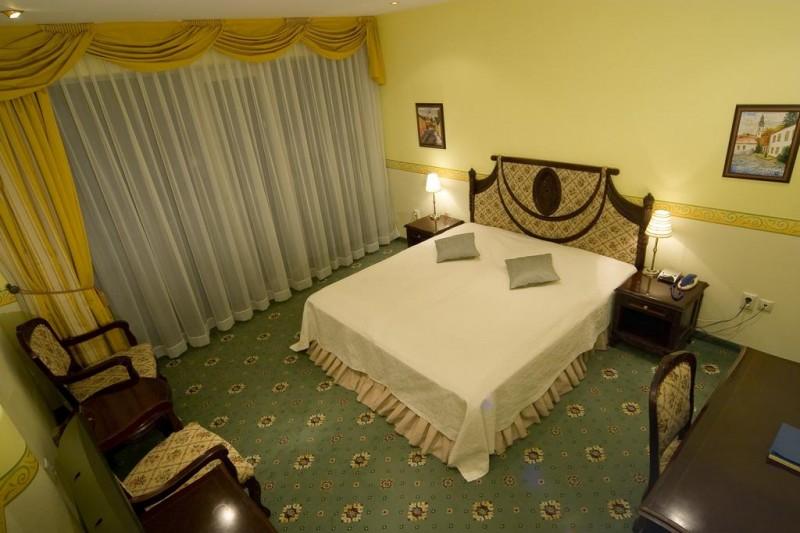 ALEXANDER´S HOTEL #16