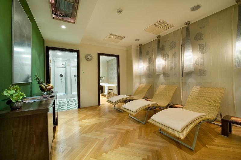 apollo hotel bratislava hotels unterk nfte. Black Bedroom Furniture Sets. Home Design Ideas
