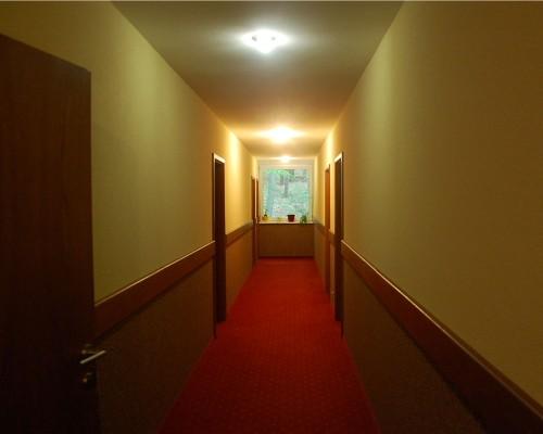 Hotel West #6