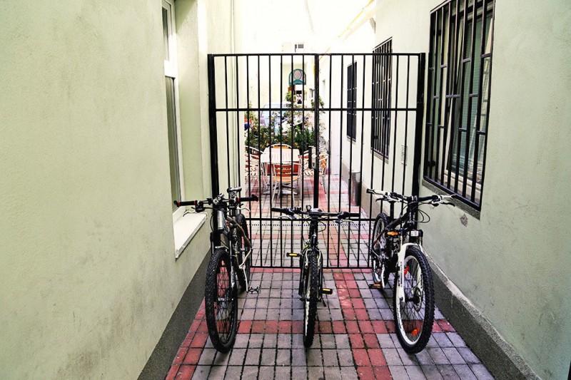 City Hostel #4