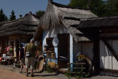 Folklórna chyža vedľa Bojnického zámku #26