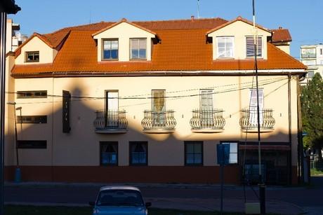 HONT - stav apartmány #1