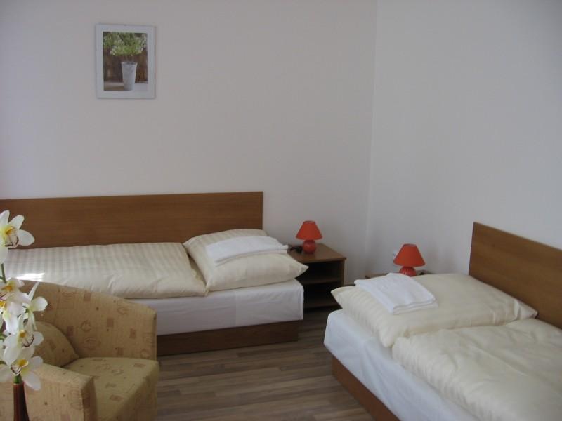 Hotel AKADEMIK #13