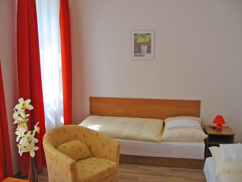 Hotel AKADEMIK #2