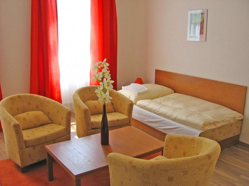 Hotel AKADEMIK #3