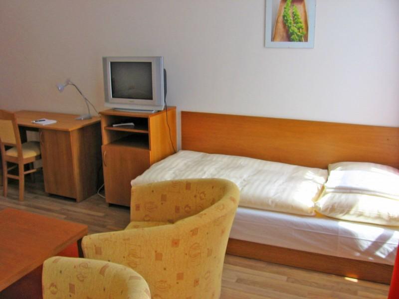 Hotel AKADEMIK #7