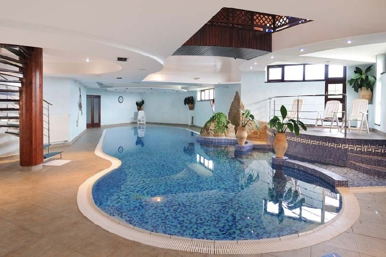 Spring stay in the High Tatras with swimming pool and saunas #7