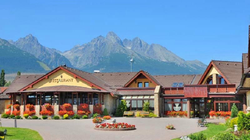 Spring stay in the High Tatras with swimming pool and saunas #2