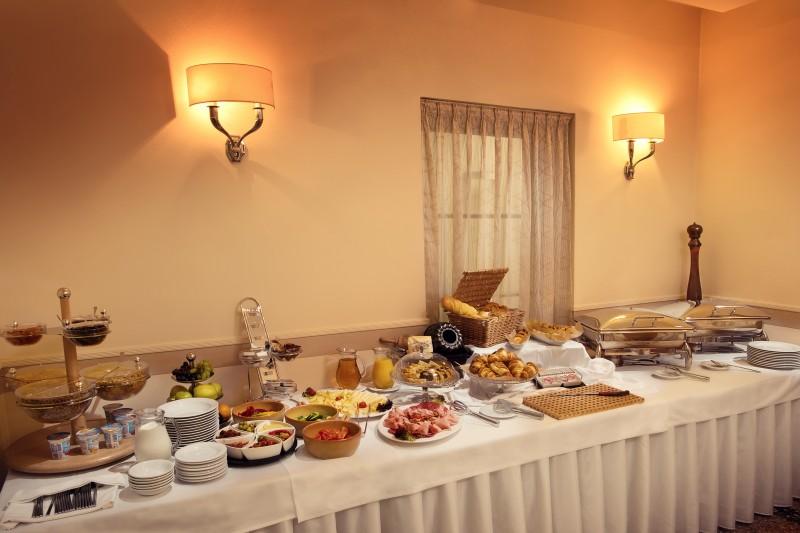 Hotel AMBASSADOR #16