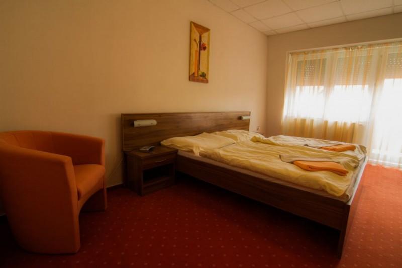 Termální koupaliště Podhájská - Hotel BORINKA  #8