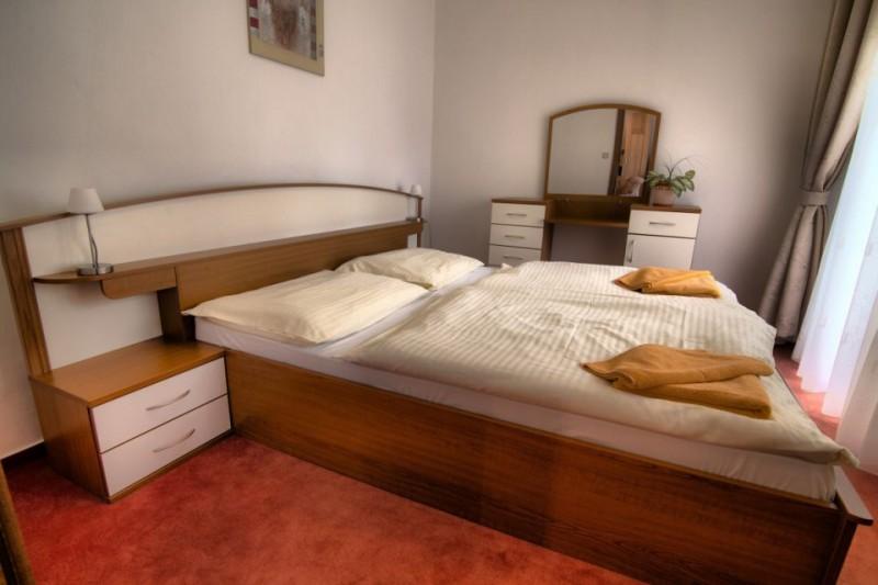 Termální koupaliště Podhájská - Hotel BORINKA  #6