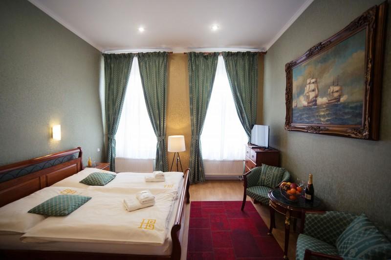 Hotel BRISTOL #11