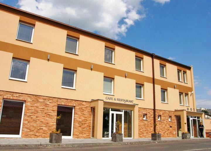 Hotel CARRERA #2
