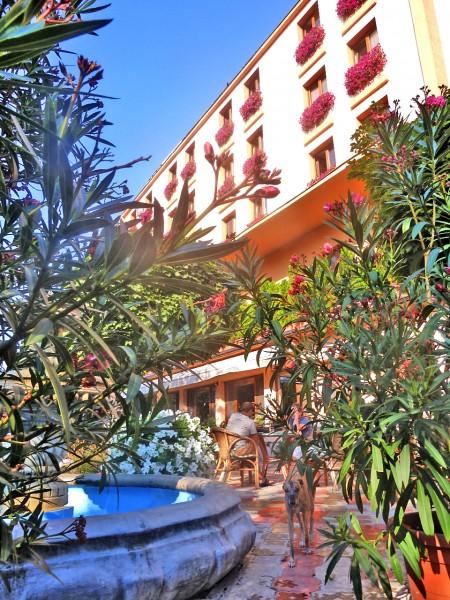 Hotel CENTRÁL Zibak Company #3