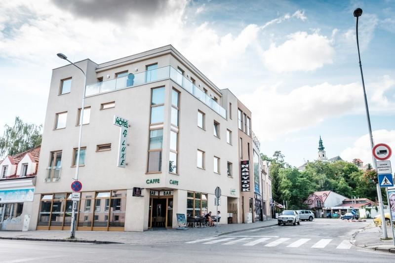 Hotel De LUXE #1