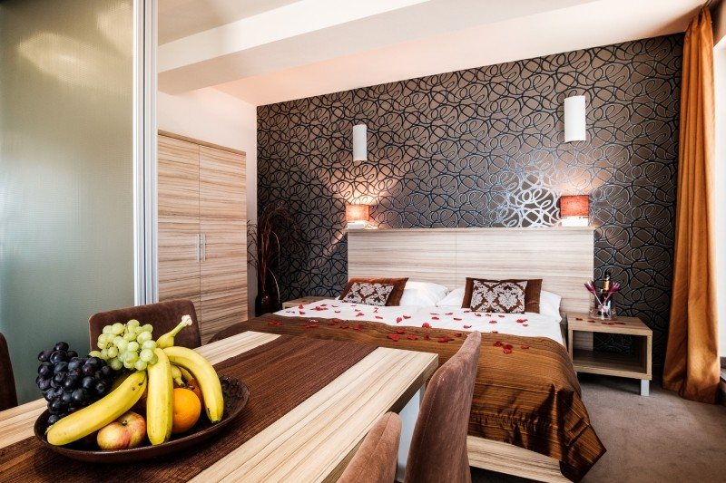 Hotel De LUXE #5