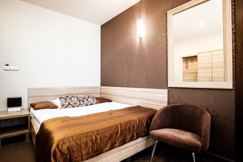 Hotel De LUXE #9