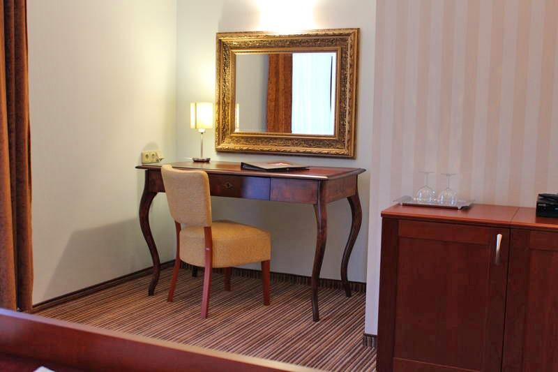 Hotel ENCIÁN #9