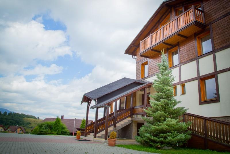 Jesenný pobyt vo Vysokých Tatrách (Vstup do sauny a vírivky, romantická večera) #2