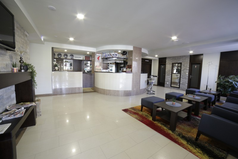 Hotel FAMILIA #2
