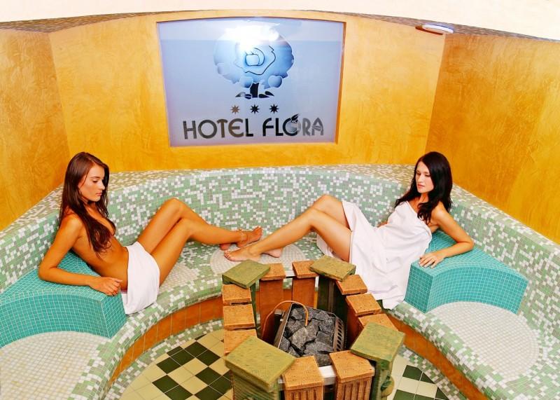 Predsilvestrovský pobyt s masážou a vstupom do bazénov a saunového sveta #6