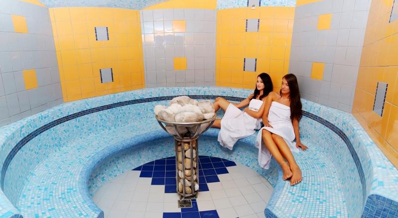 Predsilvestrovský pobyt s masážou a vstupom do bazénov a saunového sveta #13
