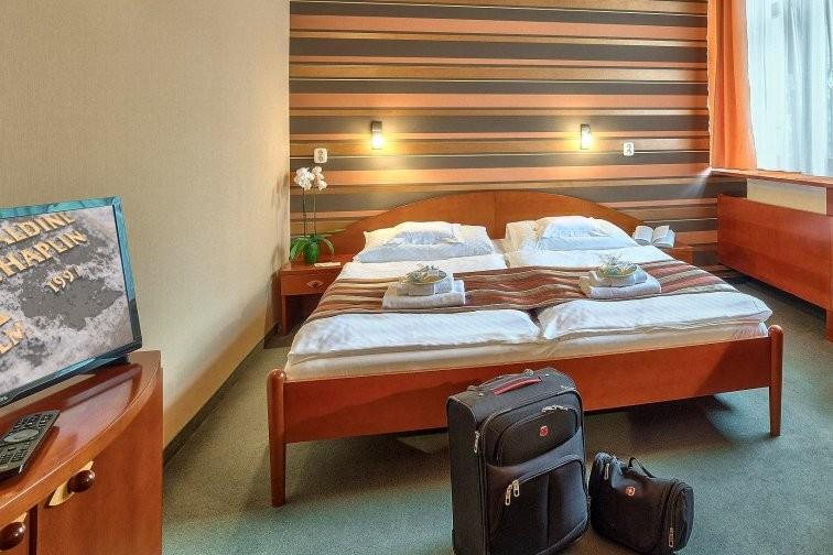 Predsilvestrovský pobyt s masážou a vstupom do bazénov a saunového sveta #20