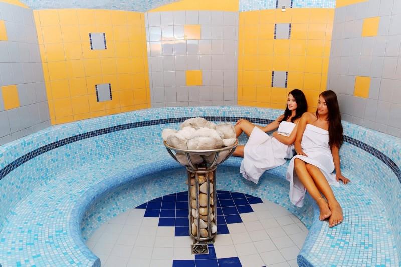 Predsilvestrovský pobyt s masážou a vstupom do bazénov a saunového sveta #3