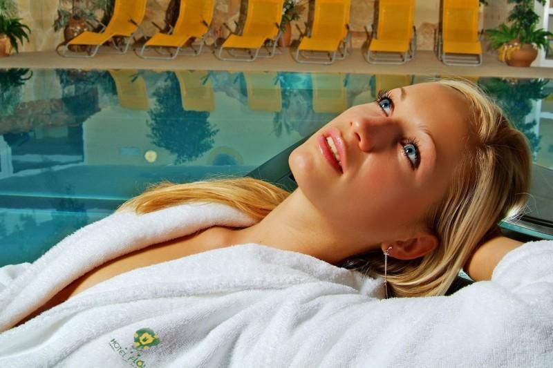 Predsilvestrovský pobyt s masážou a vstupom do bazénov a saunového sveta #10