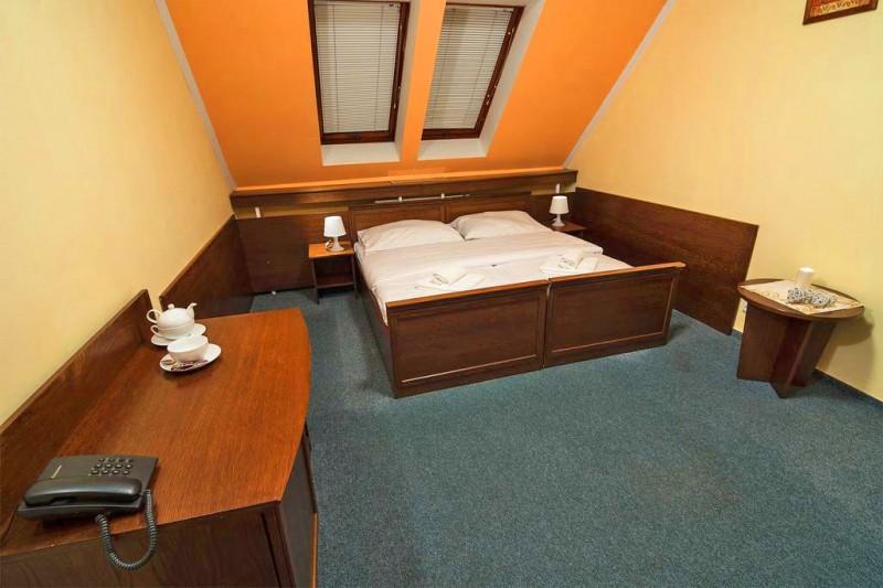 Letný pobyt v Hoteli Garden s polpenziou, vonkajším bazénom a dieťaťom zdarma #21