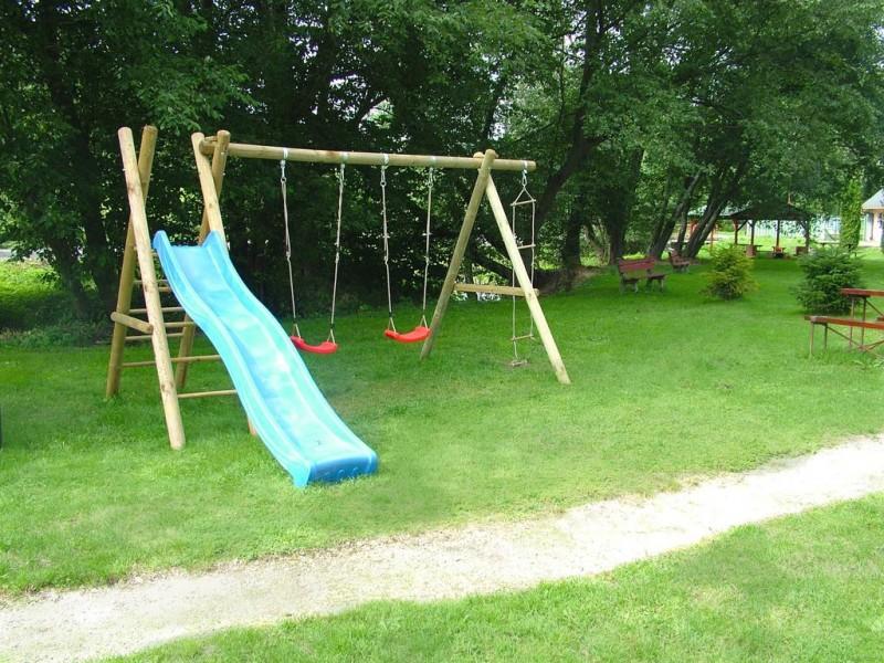 Letný pobyt v Hoteli Garden s polpenziou, vonkajším bazénom a dieťaťom zdarma #31