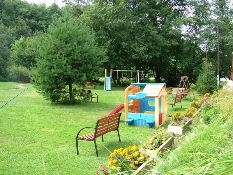 Letný pobyt v Hoteli Garden s polpenziou, vonkajším bazénom a dieťaťom zdarma #32