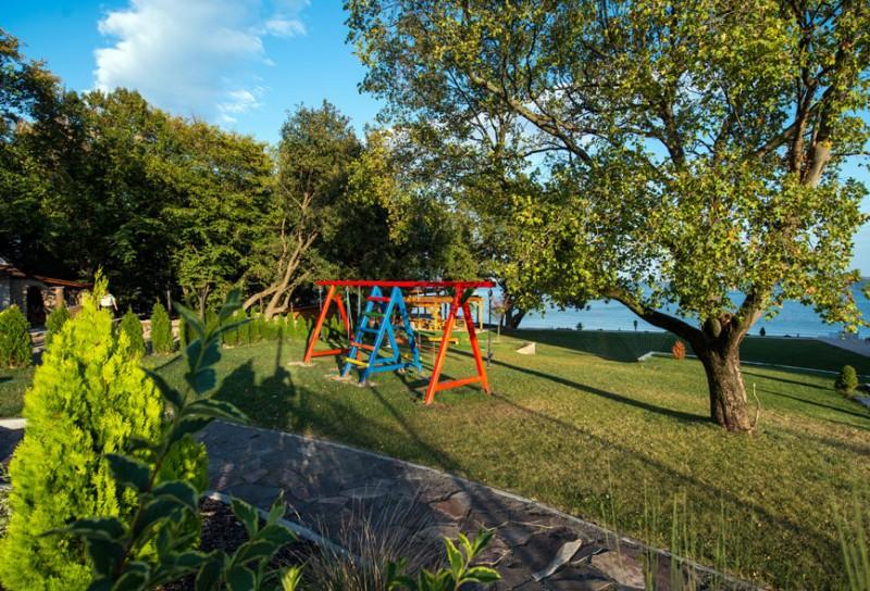 Nyaralás a Széles-tónál szaunával, pezsgőfürdővel  #13