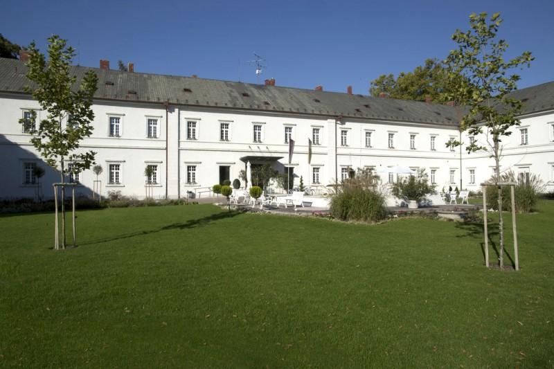Hotel GRANIT Piešťany - kúpeľný ústav #2