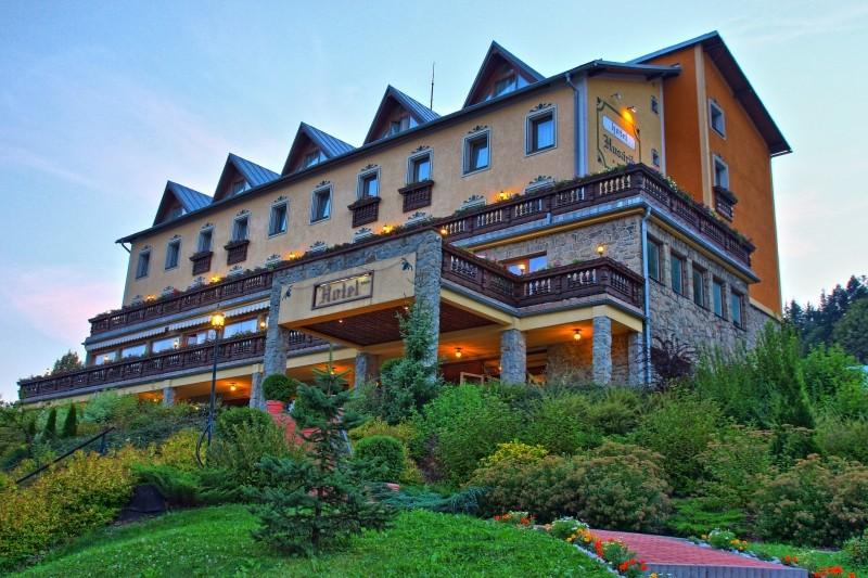 Hotel Husárik #1