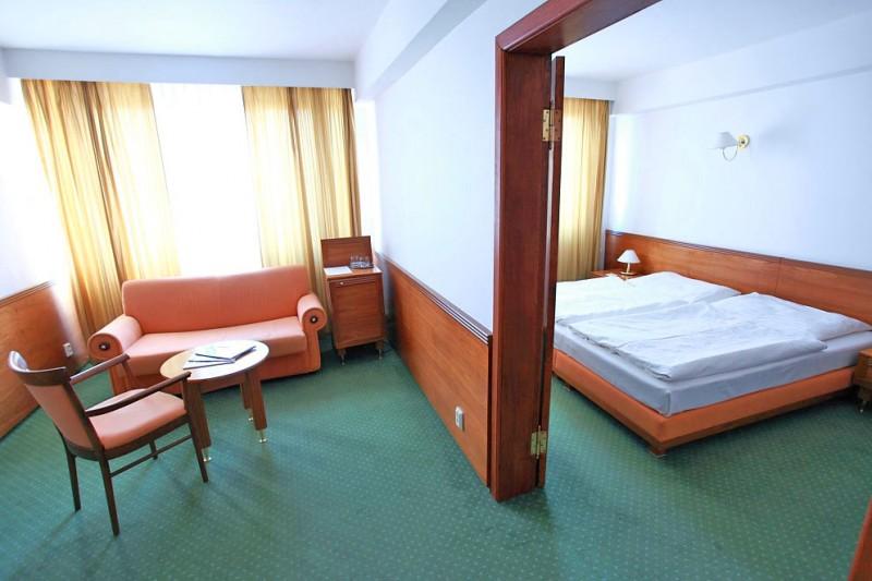 Hotel JALTA #1