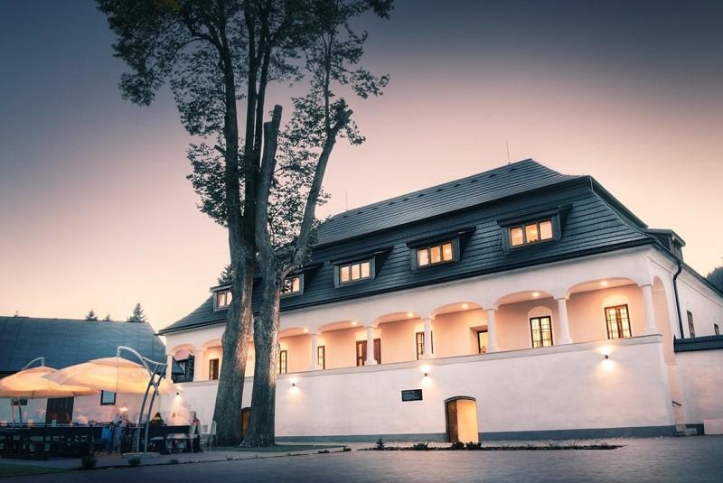 Hotel KAŠTIEĽ Čičmany #1