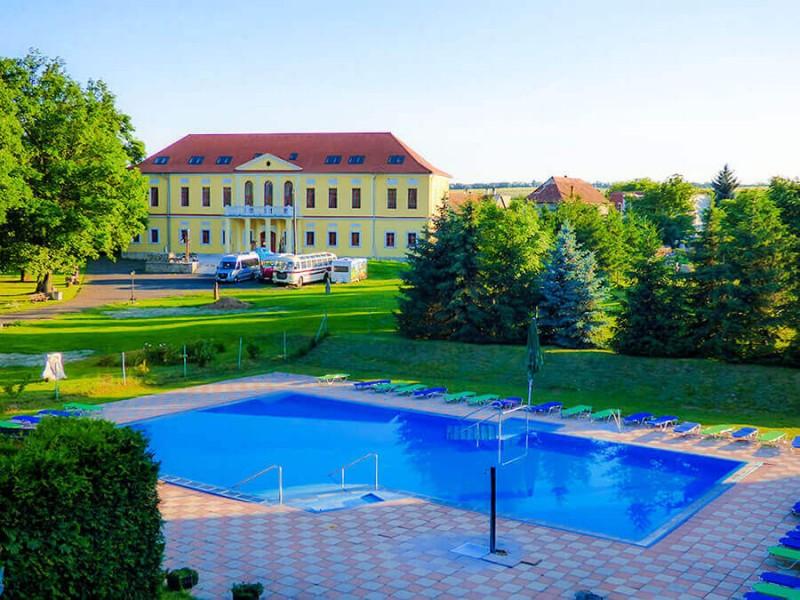 Hotel Kaštieľ Hokovce #1