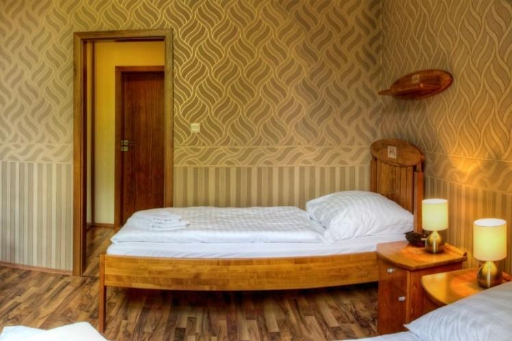Hotel KAŠTIEĽ MOJMÍROVCE #16