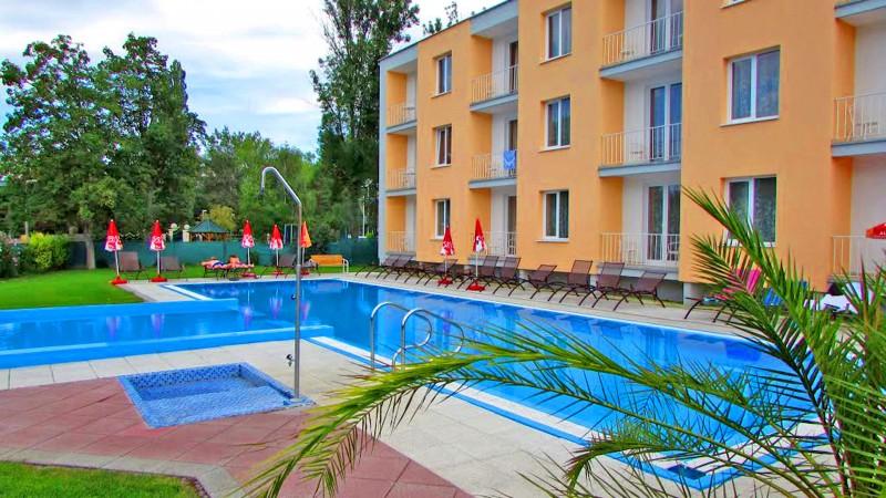 Hotel KOREKT #1
