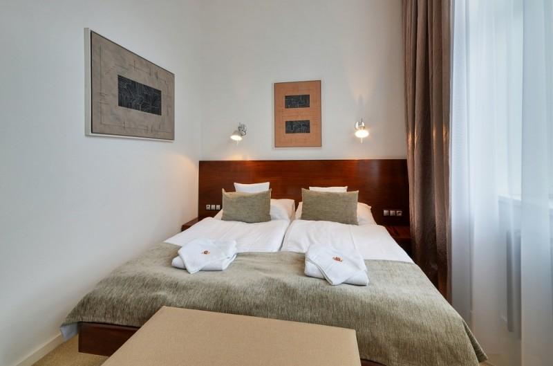 Hotel LEV #10
