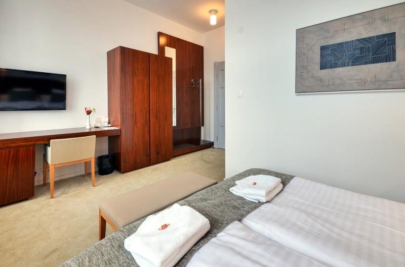 Hotel LEV #11