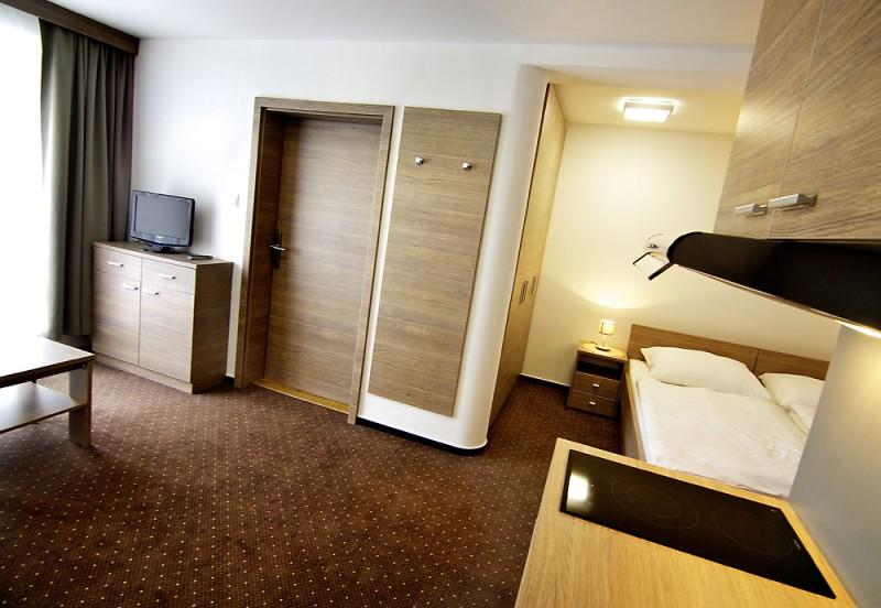 Hotel LUČIVNÁ #12