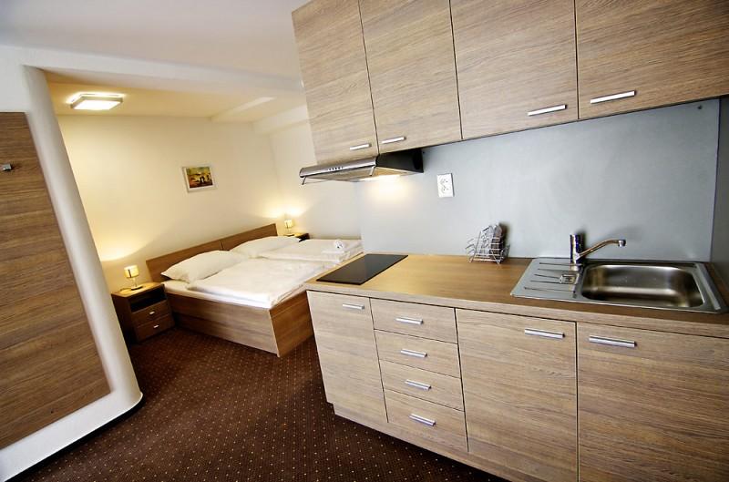 Hotel LUČIVNÁ #13