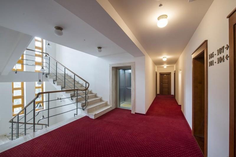 Hotel Marina #10